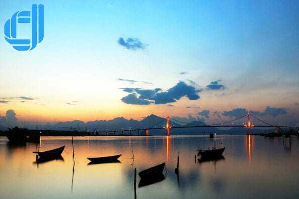 Kinh nghiệm du lịch Đà Nẵng dịp Tết thưởng thức ẩm thực đặc sắc