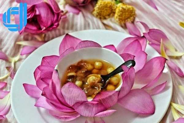 Những món đặc sản xứ Huế mà du khách khó lòng cưỡng lại | D2tour