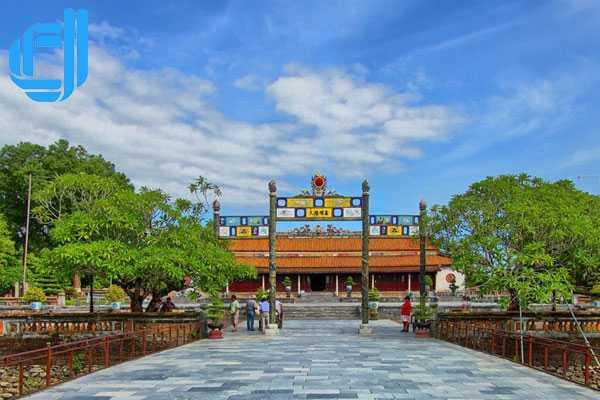 Tour Đà Nẵng khu du lịch Thanh Tân Huế 2 ngày 1 đêm
